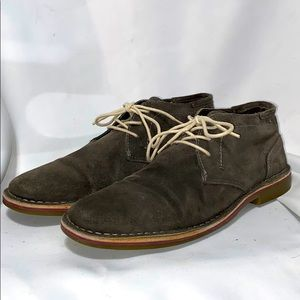 Kenneth Cole Reaction Gray Leather Chukka Boots